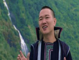 Embedded thumbnail for Chợ tình Sapa của Tùng Lâm và Minh Vương