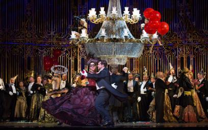 """Opera """"Con dơi"""" của J.Strauss II"""