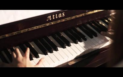Embedded thumbnail for Độc tấu piano Mùa xuân đầu tiên - Văn Cao