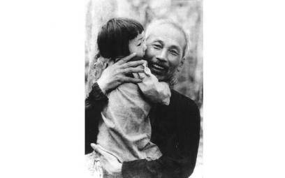 Ca khúc ca ngợi Chủ tịch Hồ Chí Minh: Rộng dài một tình yêu